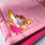 Fleece Toddler / Pink Baby Blanket ..